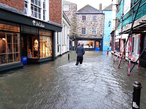 achiques por inundación